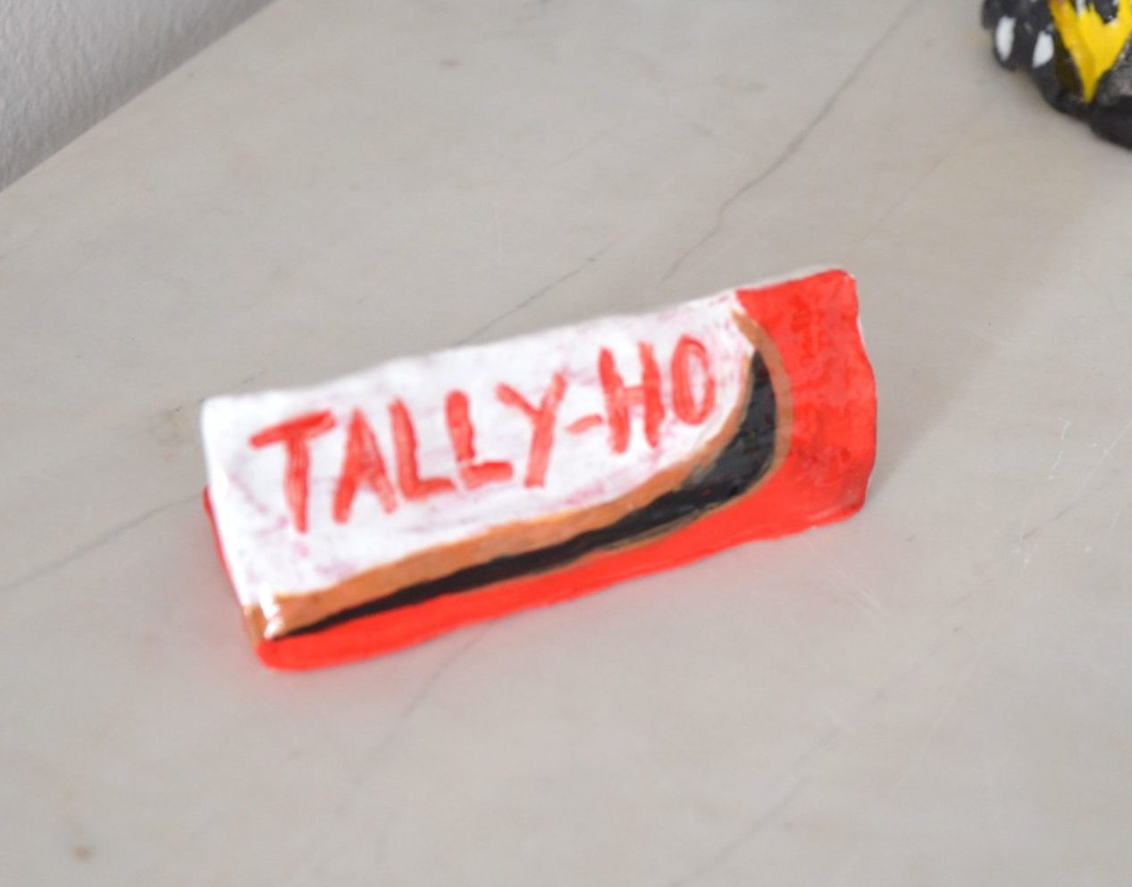 TallyHo_Red_LR